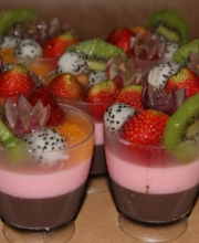 fruit-pudding-by-glass